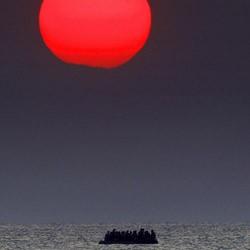 Guardian: Φωτογράφος της χρονιάς ο Γιάννης Μπεχράκης του Reuters